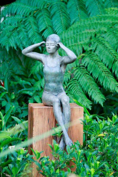 Chatter (5), chatter (2)-Mela Cooke