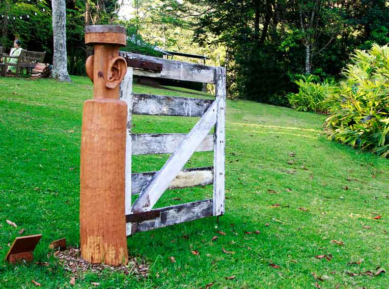 Sculpture on the Edge Winner 2017 - 'The Gate Post V2.0' by Charles McGuire